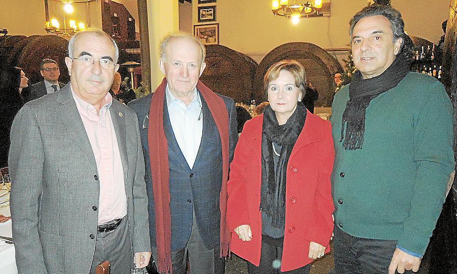 7ee0f3b3c4 https://www.ultimahora.es/vips/quisco-rosa/2015/01/01/7529/jenson ...