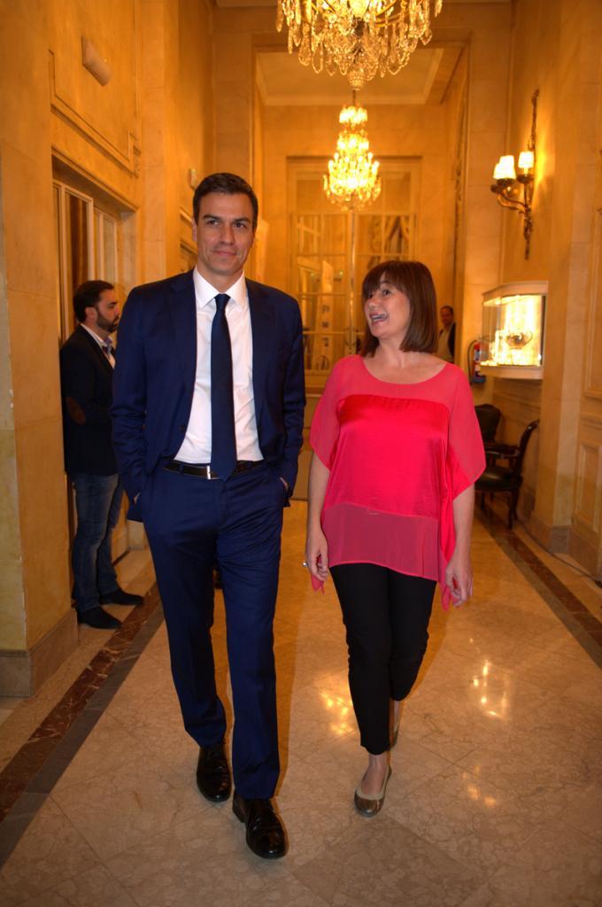 Pedro Sánchez y Francina Armengol