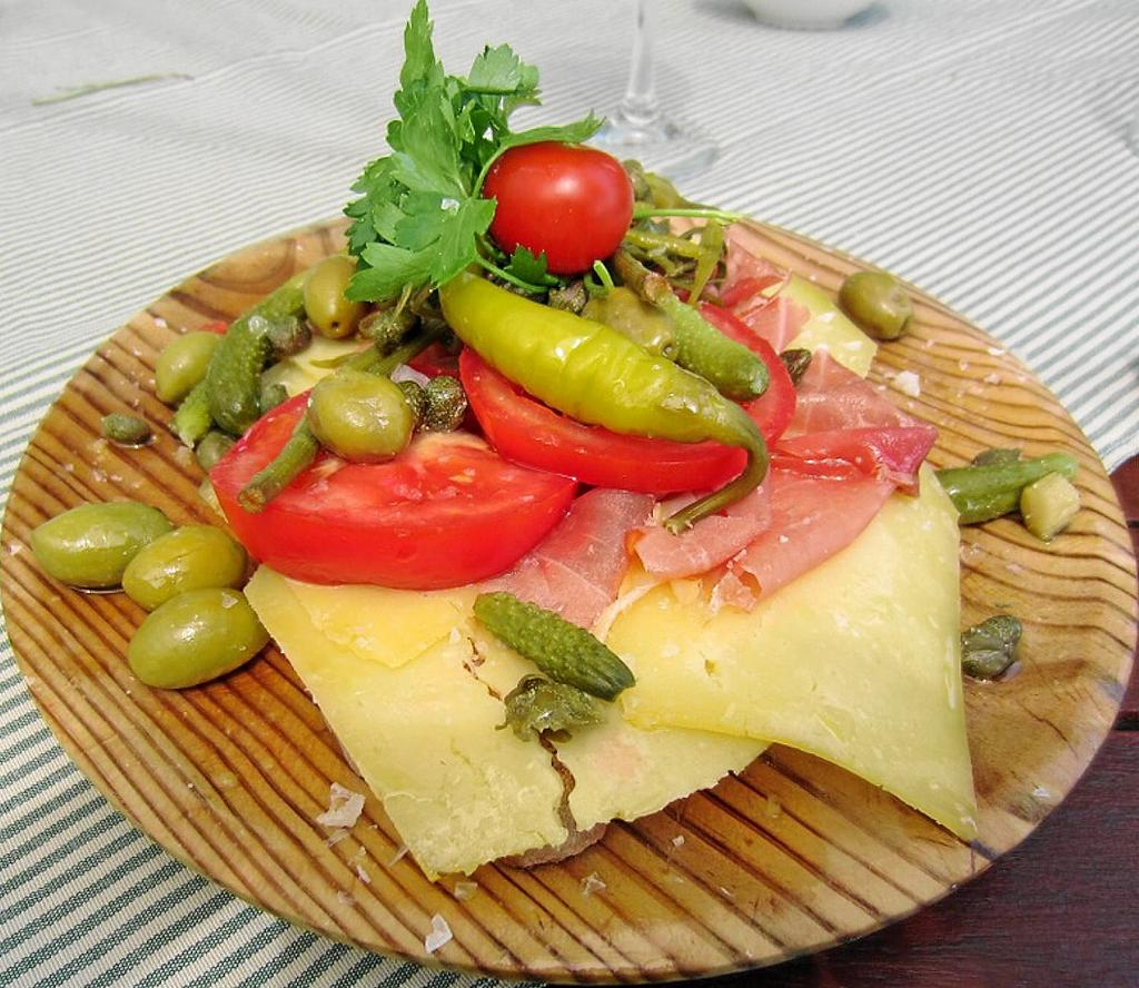 'pa amb oli', plato típico de las islas