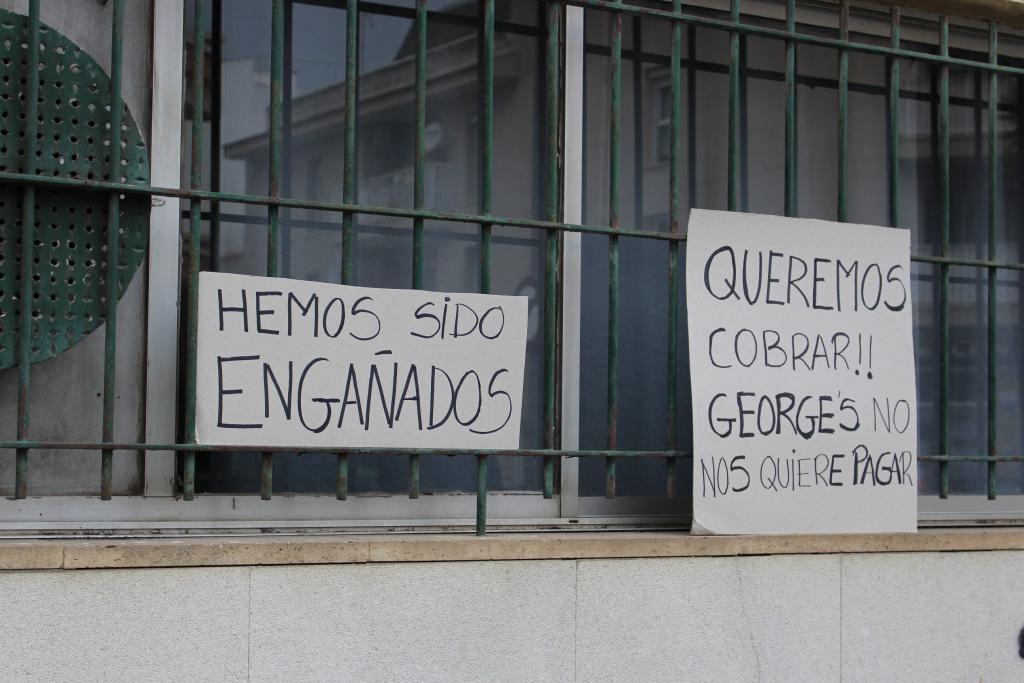 TREBALLADORS DE LA FÀBRICA DE SABATES GEORGE'S A INCA ES MANIFESTEN P