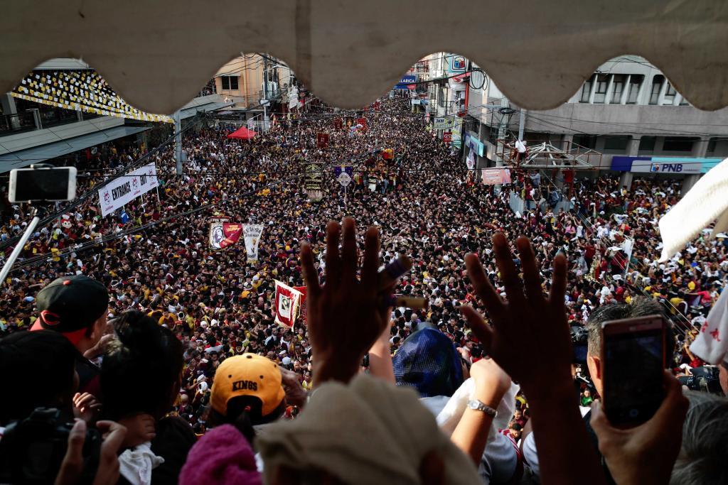 Manila extrema la seguridad ante la masiva procesión del Nazareno Negro
