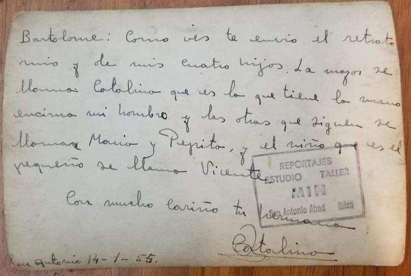 Reverso de una de las fotografías enviadas que permitió encontrar a la familia ibicenca de Bartolomé Torres.