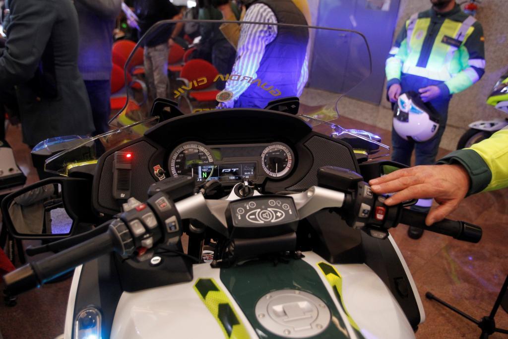 Motos equipadas para controlar velocidad, drogas y alcohol en Semana Santa