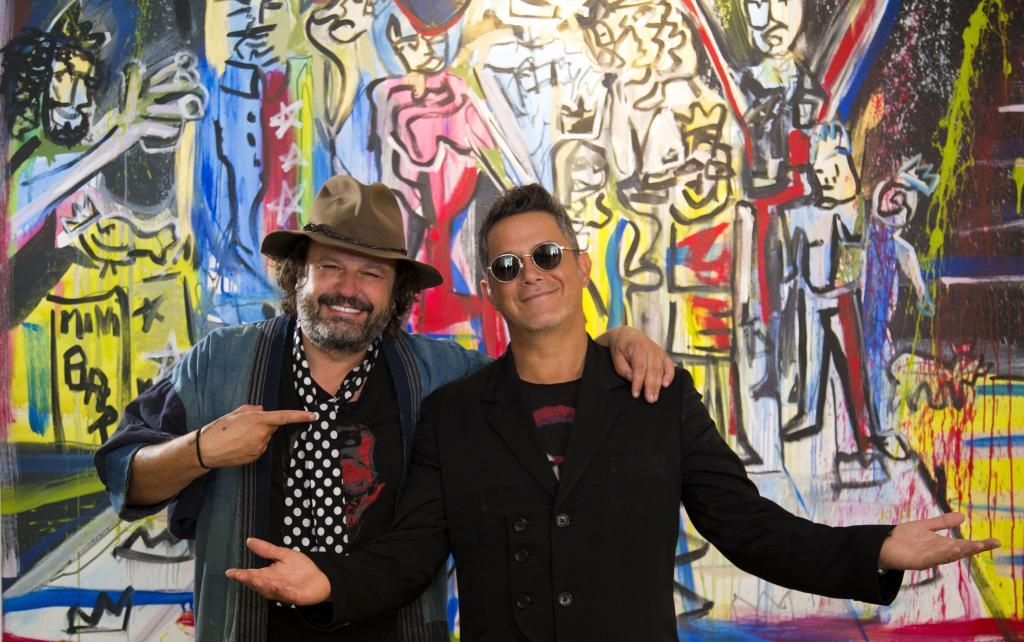 Inauguran exhibición de pintura de Alejandro Sanz y domingo Zapata