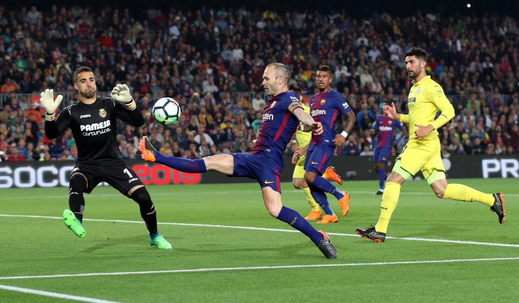La Liga Santander - FC Barcelona v Villarreal