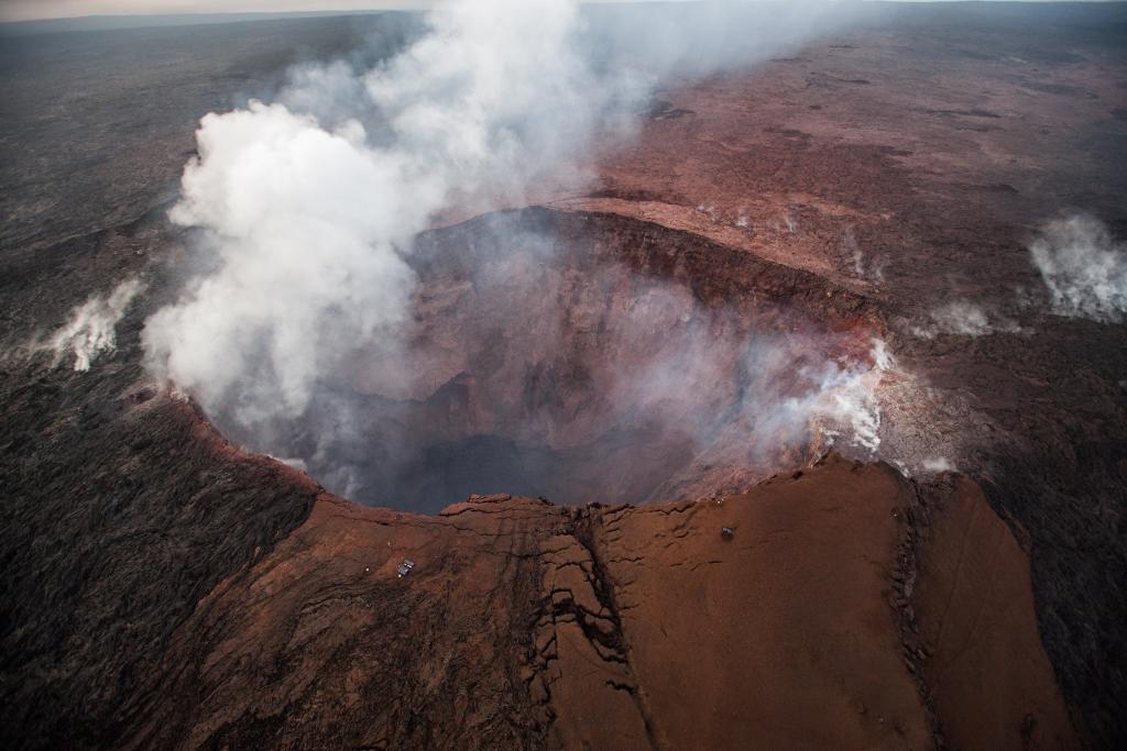 EEUU eleva a alerta roja el nivel de erupción del volcán de Hawái