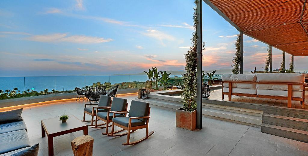 Cinco terrazas en tejados de mallorca para disfrutar del verano - Tejados para terrazas ...