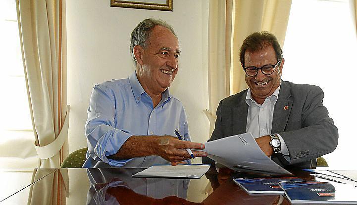 palma local firma convenio uib y club nautico foto joan torres