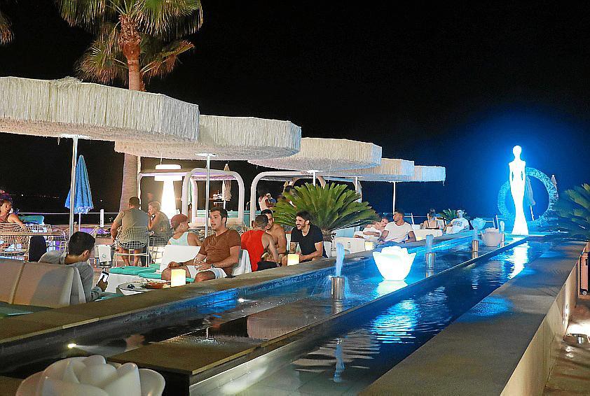 Palma, Discreto, Beach club noche