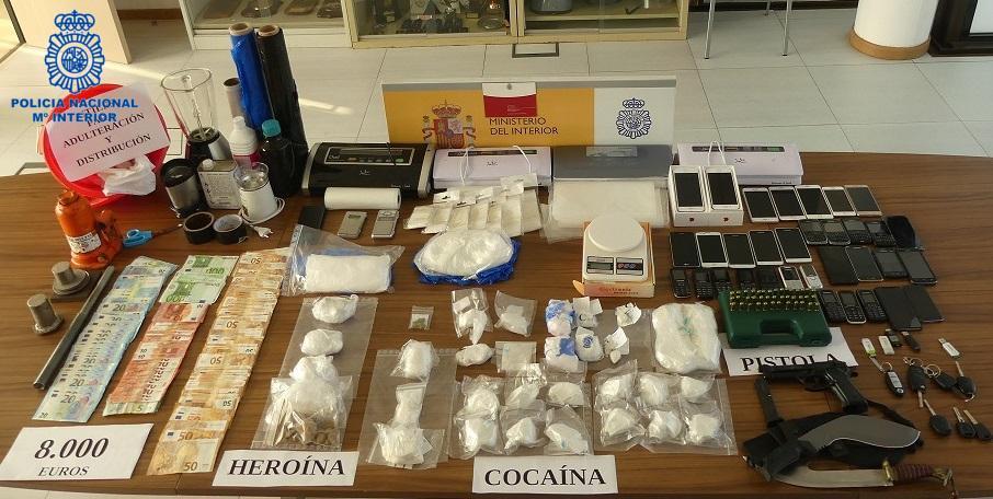 Desarticulada una banda especializada en introducir y distribuir cocaína y heroína en Ibiza