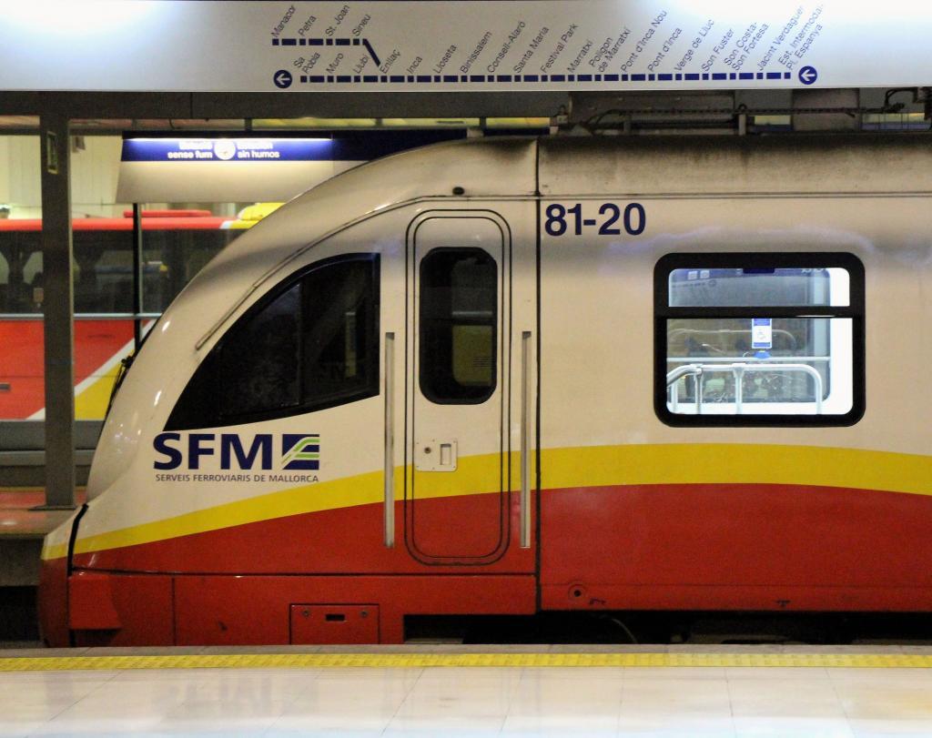 Serveis Ferroviaris se disculpa por un «incidente» de un tren de Manacor a su llegada a la Intermodal