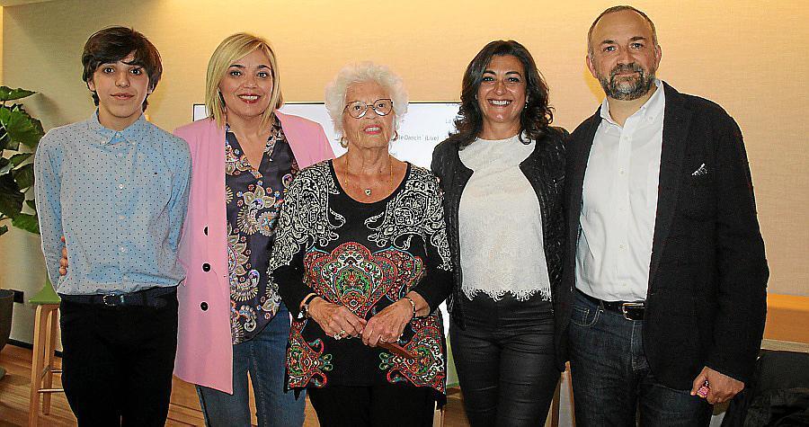 Sabina Pons presenta su novela 'Madre alemana, padre mallorquín'