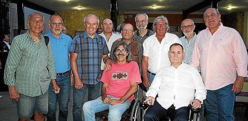 Reunión de antiguos bachilleres en el. Colegio Pius XII