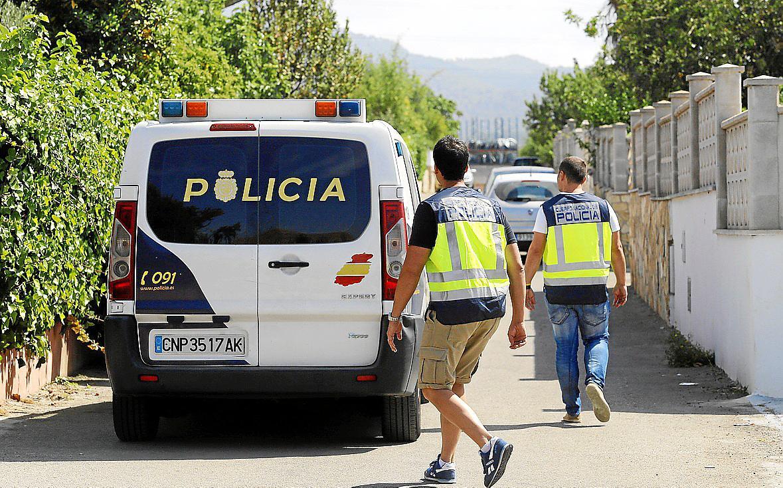 Detenidos en Palma tras agredir a sus hijas por no ponerse el velo
