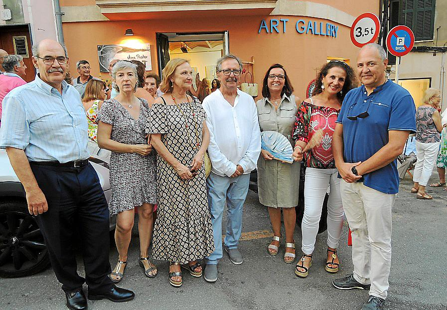 África Juan expone su obra en Palma