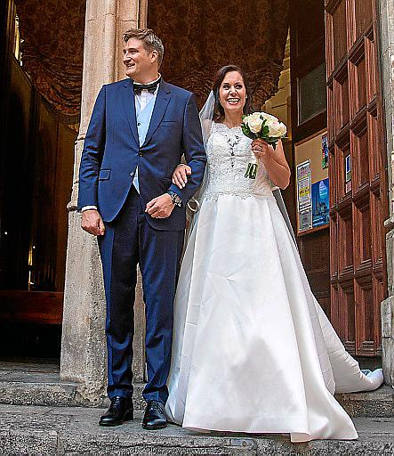 Boda de Soraya Torres y Fabrice Allibert en la iglesia de San Nicolás