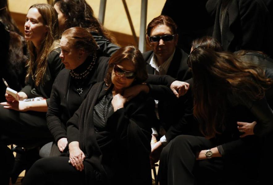 Paco de Lucia Casilda Varela la Primera Mujer de Paco de Luc a Casilda Varela en el Centro Con Gafas de