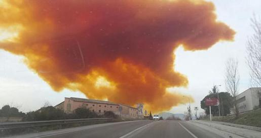 Nube toxica en Mollet del Vallés