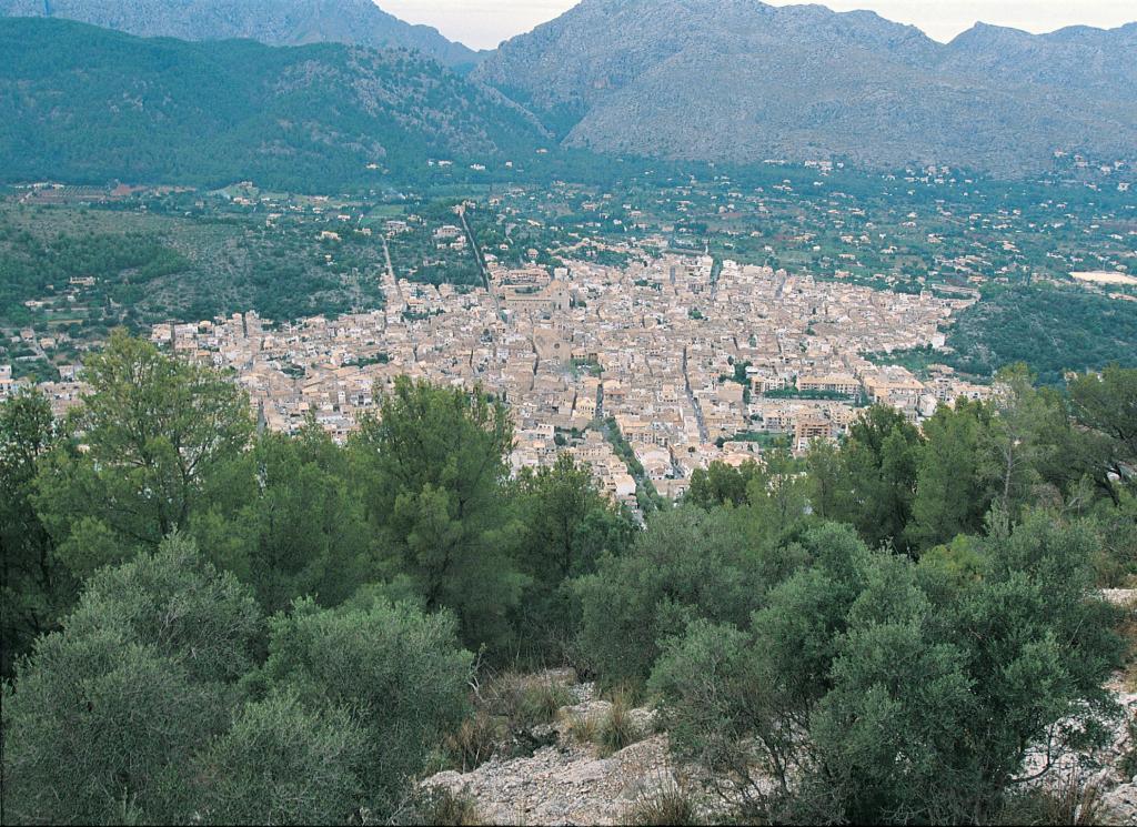 Unas 500 casas de Pollença en suelo rústico se podrán legalizar con ...