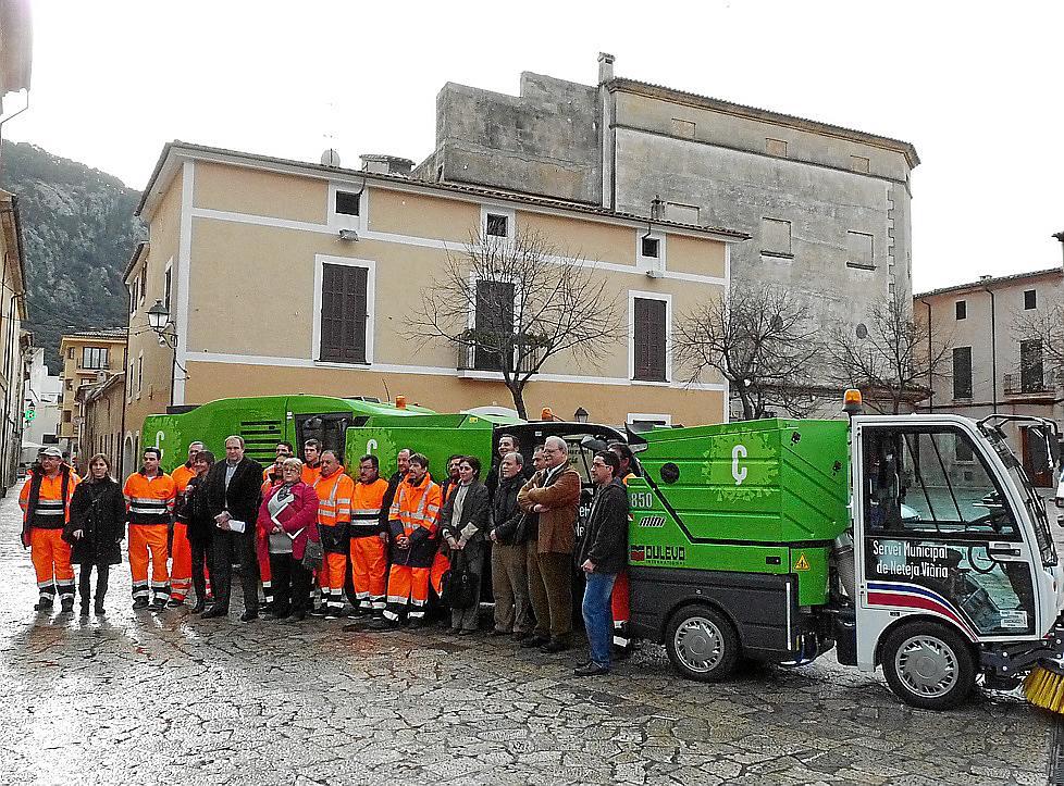 Empresa de limpieza mallorca good operarios de la empresa de limpieza trabajando en la gran via - Empresas limpieza mallorca ...