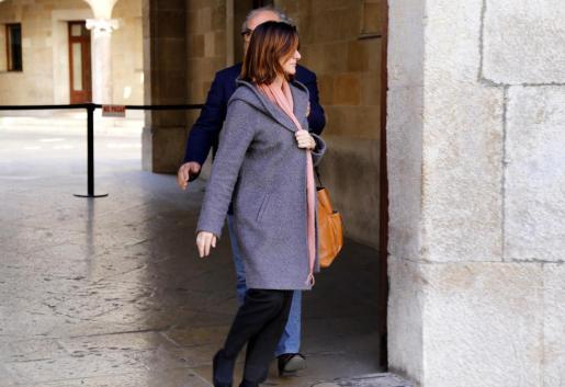 Condenada por proponer a la criada que envenenara a su exmarido en Santa Maria