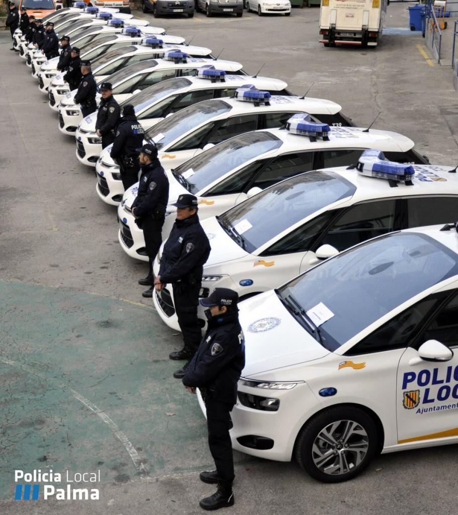 La Policía de Palma incorpora a su flota doce coches nuevos