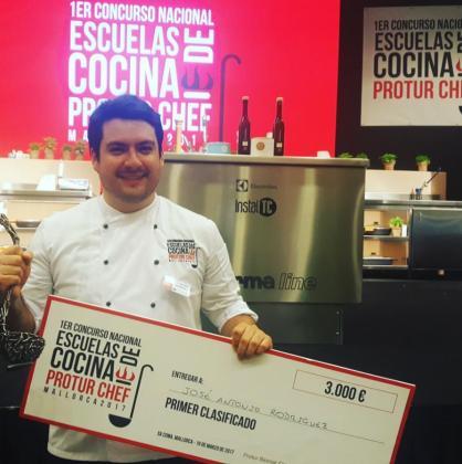 Jos antonio rodr guez se proclama ganador del primer for Escuela de cocina mallorca