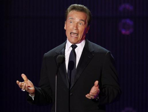 Arnold Schwarzenegger habla durante el Annual Critics' Choice Movie Awards en Hollywood.