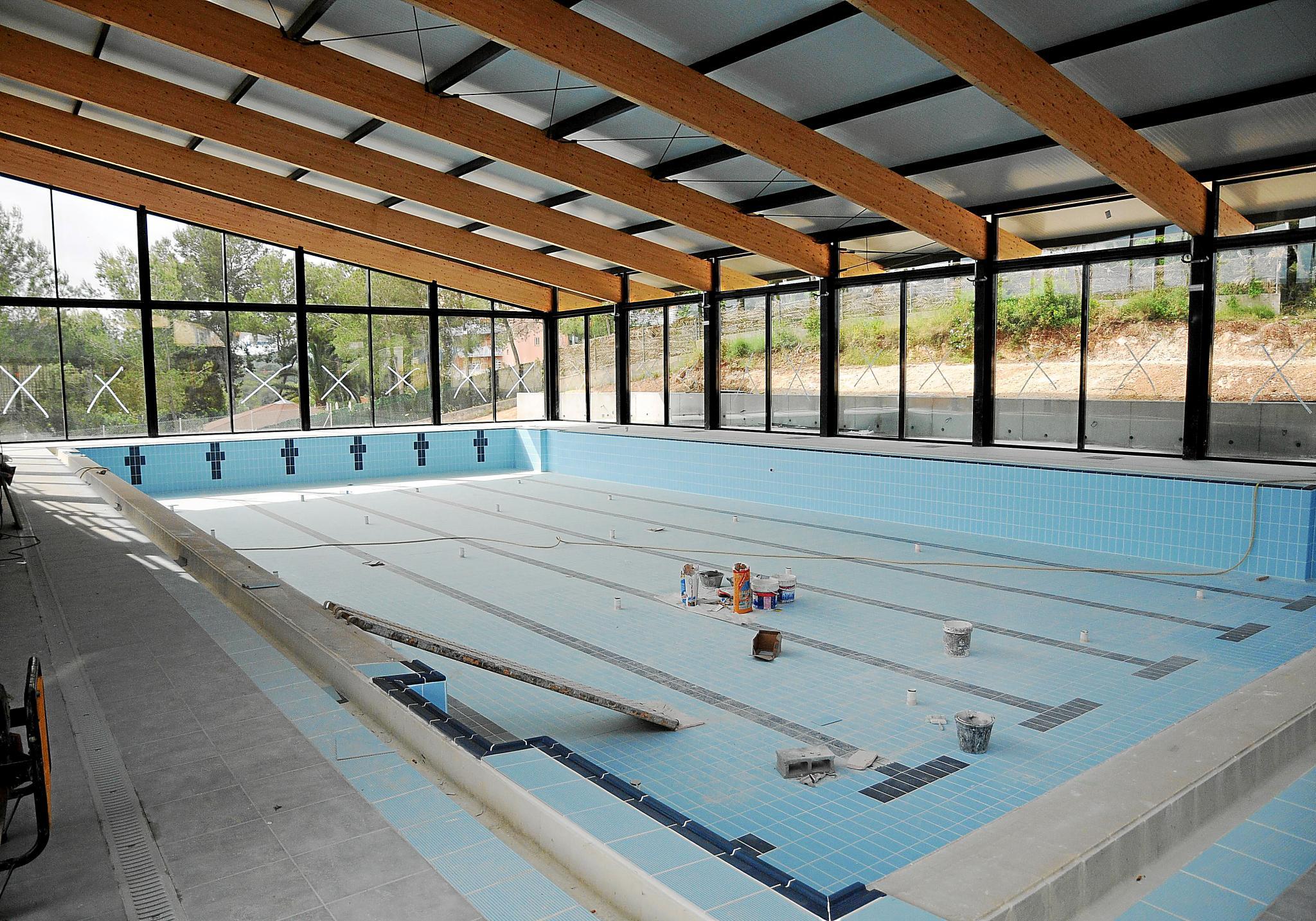 Las piscinas inauguradas de peguera y santa pon a for Piscina municipal arganda del rey