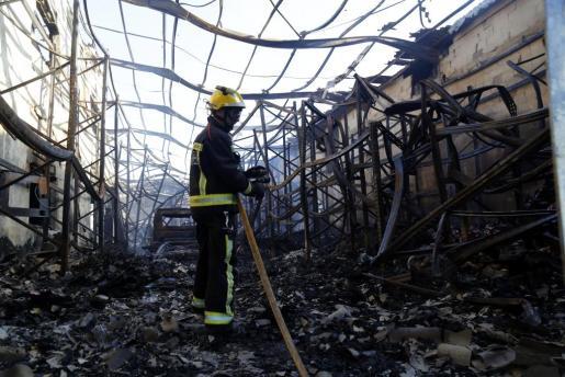 Incendio en el Polígono de Marratxí.