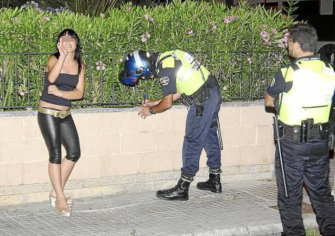 es legal la prostitución prostitutas leon