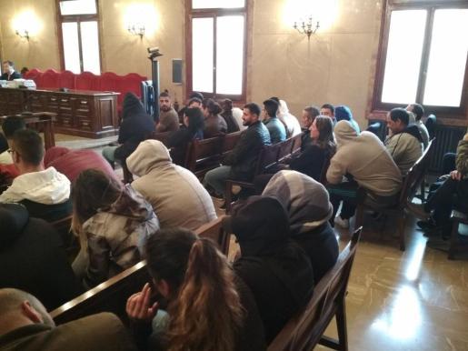 Los 46 acusados del clan de 'El Pablo' aceptan un acuerdo y reconocen un delito de narcotráfico 386