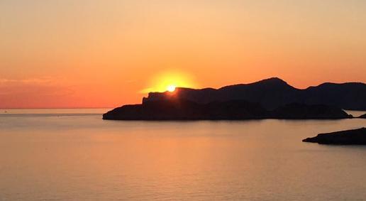 Mallorca y sus preciosas puestas de sol sociedad for Hora puerta del sol