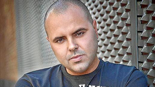 Juan Magan, el rey del electrolatino, visitará la preciosa discoteca Titos.