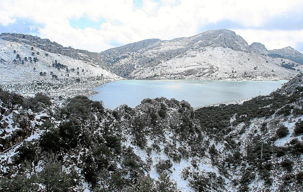Serra de Tramuntana nevada
