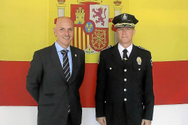 MAYOR DE LA POLICIA LOCAL, ANTONIO VERA Y DIRECTOR GENERAL DE SEGURIDAD CIUDADANA QUIQUE CALVO