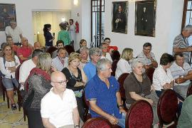 Familiares de las víctimas del franquismo enterrados en Sant Joan