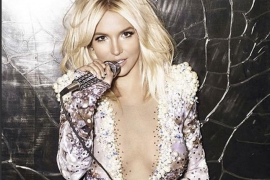 "Britney Spears celebra los 20 años ""Baby One More Time""."