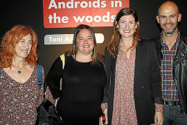 Toni Amengual presenta su 'Androids in the woods'
