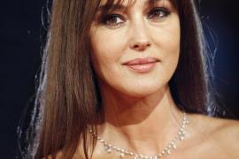 Monica Bellucci, icono de la belleza mediterránea, cumple 50 años